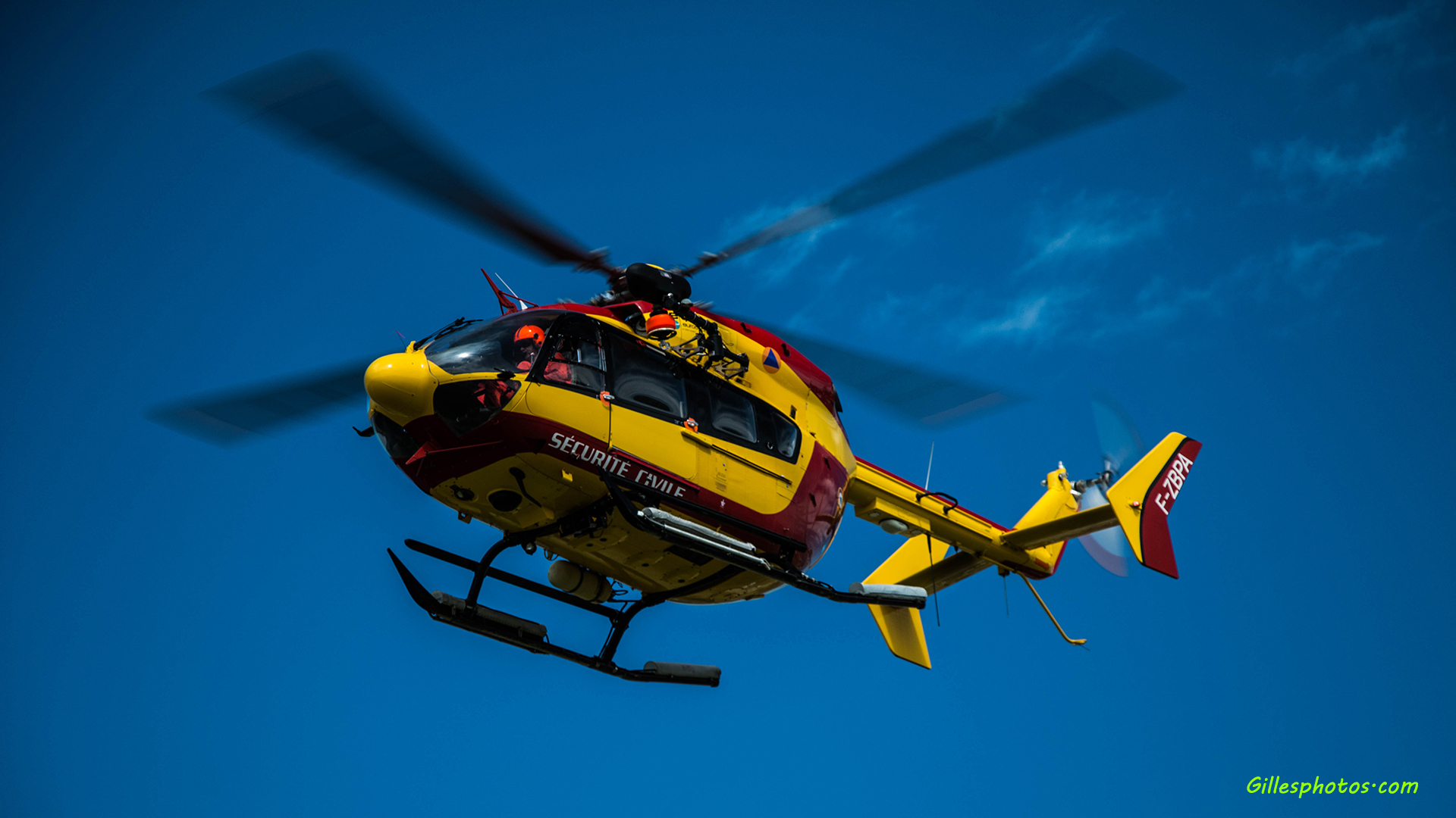 helicoptere secours en intervention